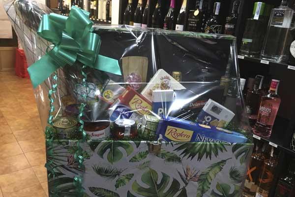 cestas-regalo-comida-personalizadas